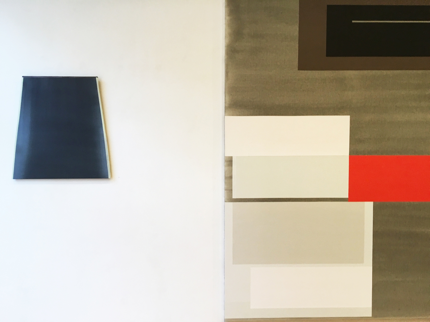 Marena Seeling, wallobject. Inez Smit, painting [detail]