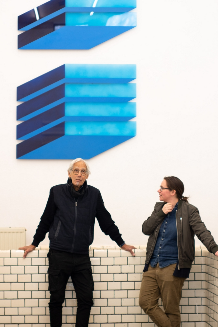 opening HOOGLICHT,  Franck Gribling en Maaike Kramer, two of the participating artists in conversation