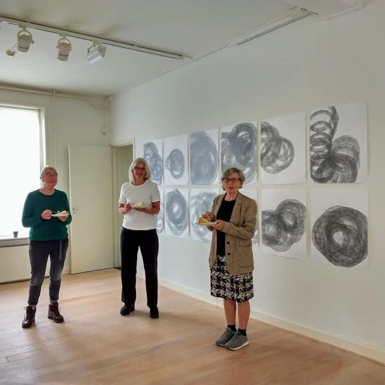 the participating artists: Betty Simonides, Gerda Kruimer and Marena Seeling