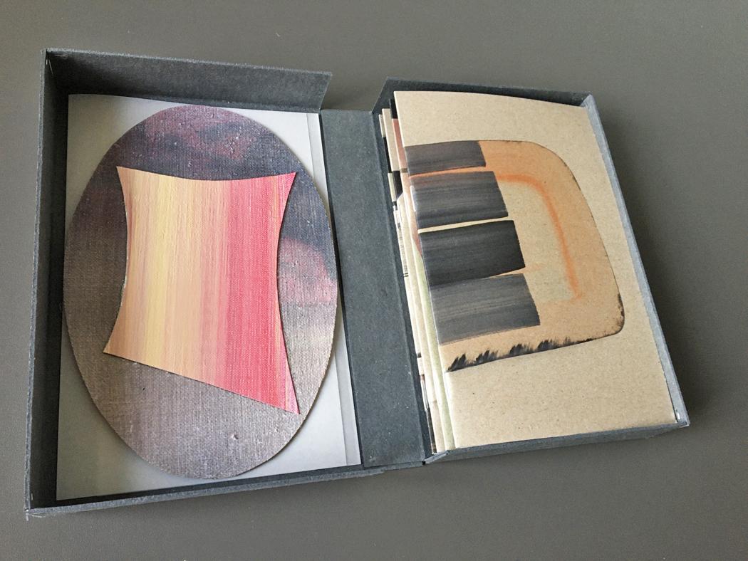 speciale editie 1-25 box + publicatie + ovaal